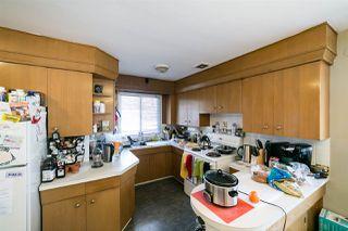 Photo 2: 6004 101 Avenue in Edmonton: Zone 19 House for sale : MLS®# E4146319