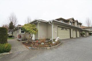"Main Photo: 1 12071 232B Street in Maple Ridge: East Central Townhouse for sale in ""CREEKSIDE GLEN"" : MLS®# R2346655"