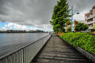 "Photo 16: 603 1250 QUAYSIDE Drive in New Westminster: Quay Condo for sale in ""THE PROMENADE"" : MLS®# R2347094"