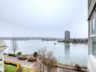 "Photo 17: 603 1250 QUAYSIDE Drive in New Westminster: Quay Condo for sale in ""THE PROMENADE"" : MLS®# R2347094"