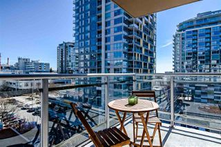 "Photo 8: 704 108 E 14TH Street in North Vancouver: Central Lonsdale Condo for sale in ""The Piermont"" : MLS®# R2350366"