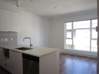 """Photo 6: PH7 5355 LANE Street in Burnaby: Metrotown Condo for sale in """"INFINITY"""" (Burnaby South)  : MLS®# R2354373"""