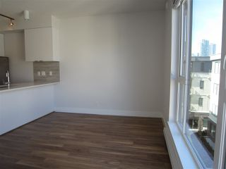 """Photo 7: PH7 5355 LANE Street in Burnaby: Metrotown Condo for sale in """"INFINITY"""" (Burnaby South)  : MLS®# R2354373"""