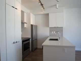 "Photo 5: PH7 5355 LANE Street in Burnaby: Metrotown Condo for sale in ""INFINITY"" (Burnaby South)  : MLS®# R2354373"