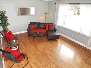 Photo 3: 147 Bank Avenue in Winnipeg: St Vital Residential for sale (2D)  : MLS®# 1907859