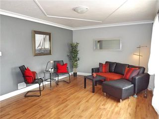 Photo 2: 147 Bank Avenue in Winnipeg: St Vital Residential for sale (2D)  : MLS®# 1907859