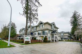 Photo 2: 36 12775 63 Avenue in Surrey: Panorama Ridge Townhouse for sale : MLS®# R2358256