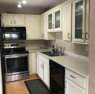 Photo 3: 10424 28A Avenue in Edmonton: Zone 16 Townhouse for sale : MLS®# E4152233