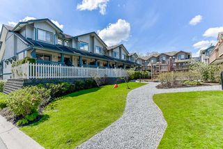 "Photo 4: 27 19250 65 Avenue in Surrey: Clayton Townhouse for sale in ""Sunberry Court"" (Cloverdale)  : MLS®# R2359782"