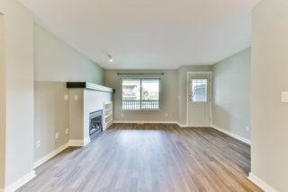 "Photo 11: 27 19250 65 Avenue in Surrey: Clayton Townhouse for sale in ""Sunberry Court"" (Cloverdale)  : MLS®# R2359782"