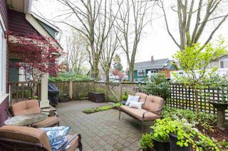 Photo 17: 975 E 21ST Avenue in Vancouver: Fraser VE 1/2 Duplex for sale (Vancouver East)  : MLS®# R2361410