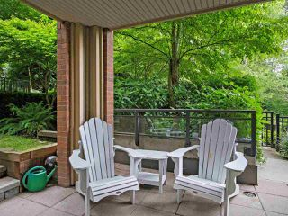Photo 1: 228 1633 MACKAY Avenue in North Vancouver: Pemberton NV Condo for sale : MLS®# R2372956