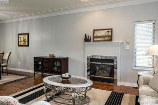 Photo 5: 1037 Leslie Dr in VICTORIA: SE Quadra Half Duplex for sale (Saanich East)  : MLS®# 816161