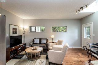 Photo 11: 1037 Leslie Dr in VICTORIA: SE Quadra Half Duplex for sale (Saanich East)  : MLS®# 816161