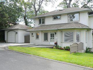 Photo 2: 1037 Leslie Dr in VICTORIA: SE Quadra Half Duplex for sale (Saanich East)  : MLS®# 816161