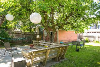 Photo 4: 3235 W 12TH Avenue in Vancouver: Kitsilano House for sale (Vancouver West)  : MLS®# R2378555