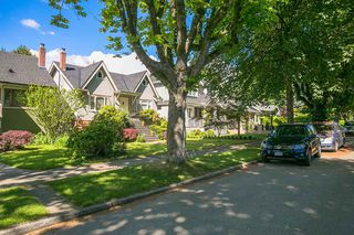 Photo 2: 3235 W 12TH Avenue in Vancouver: Kitsilano House for sale (Vancouver West)  : MLS®# R2378555