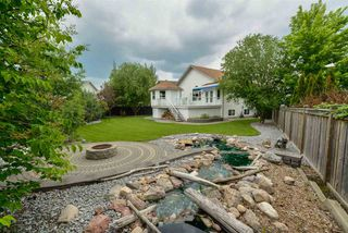 Main Photo: 299 FOXHAVEN Bay: Sherwood Park House for sale : MLS®# E4161884