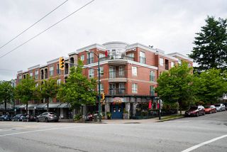 "Photo 14: 305 1989 DUNBAR Street in Vancouver: Kitsilano Condo for sale in ""SONESTA"" (Vancouver West)  : MLS®# R2380994"