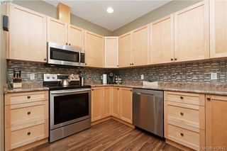 Photo 7: 102 6838 W Grant Road in SOOKE: Sk Sooke Vill Core Row/Townhouse for sale (Sooke)  : MLS®# 412642