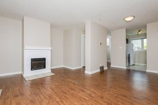 Photo 4: 14831B RIVERBEND Road in Edmonton: Zone 14 Townhouse for sale : MLS®# E4171251