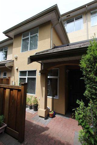 "Photo 3: 61 3436 TERRA VITA Place in Vancouver: Renfrew VE Townhouse for sale in ""Terra Vita Place"" (Vancouver East)  : MLS®# R2407867"