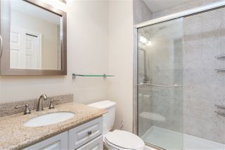 """Photo 15: 302 1010 W 42ND Avenue in Vancouver: South Granville Condo for sale in """"Oak Gardens"""" (Vancouver West)  : MLS®# R2419293"""