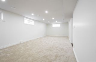 Photo 37: 637 BUTCHART Wynd in Edmonton: Zone 14 House for sale : MLS®# E4192132
