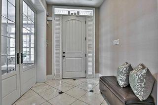 Photo 2: 16 Yorkton Boulevard in Markham: Angus Glen House (2-Storey) for sale : MLS®# N4738041
