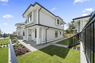 """Photo 2: 7883 CURRAGH Avenue in Burnaby: South Slope House 1/2 Duplex for sale in """"SOUTH SLOPE"""" (Burnaby South)  : MLS®# R2456938"""