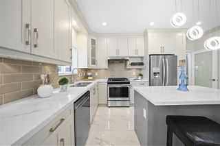 """Photo 17: 7883 CURRAGH Avenue in Burnaby: South Slope House 1/2 Duplex for sale in """"SOUTH SLOPE"""" (Burnaby South)  : MLS®# R2456938"""