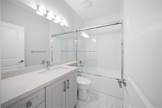 """Photo 18: 7883 CURRAGH Avenue in Burnaby: South Slope House 1/2 Duplex for sale in """"SOUTH SLOPE"""" (Burnaby South)  : MLS®# R2456938"""