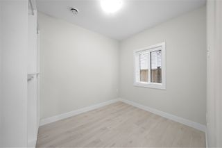 """Photo 19: 7883 CURRAGH Avenue in Burnaby: South Slope House 1/2 Duplex for sale in """"SOUTH SLOPE"""" (Burnaby South)  : MLS®# R2456938"""