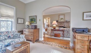 Photo 14: 2722 MONTCALM Crescent SW in Calgary: Upper Mount Royal Detached for sale : MLS®# C4296404