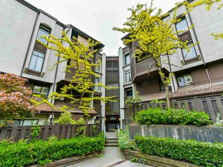 "Photo 2: 15 365 GINGER Drive in New Westminster: Fraserview NW Townhouse for sale in ""Fraser Mews"" : MLS®# R2458131"