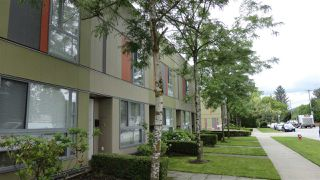 "Photo 10: 104 12075 228 Street in Maple Ridge: East Central Condo for sale in ""RIO"" : MLS®# R2467006"