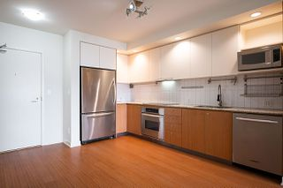 "Photo 15: 309 750 W 12TH Avenue in Vancouver: Fairview VW Condo for sale in ""TAPESTRY"" (Vancouver West)  : MLS®# R2501353"