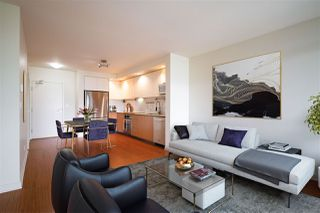 "Photo 2: 309 750 W 12TH Avenue in Vancouver: Fairview VW Condo for sale in ""TAPESTRY"" (Vancouver West)  : MLS®# R2501353"