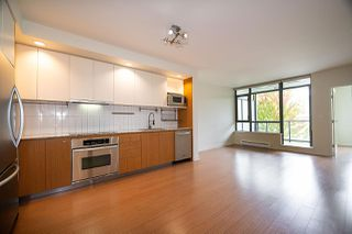 "Photo 5: 309 750 W 12TH Avenue in Vancouver: Fairview VW Condo for sale in ""TAPESTRY"" (Vancouver West)  : MLS®# R2501353"