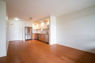 "Photo 14: 309 750 W 12TH Avenue in Vancouver: Fairview VW Condo for sale in ""TAPESTRY"" (Vancouver West)  : MLS®# R2501353"
