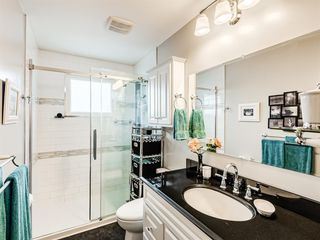Photo 17: 320 Willow Park Drive SE in Calgary: Willow Park Detached for sale : MLS®# A1041672