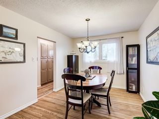 Photo 6: 320 Willow Park Drive SE in Calgary: Willow Park Detached for sale : MLS®# A1041672