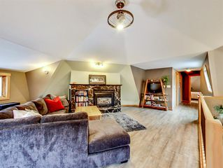 Photo 3: 937 17th Street: Canmore Detached for sale : MLS®# A1044854