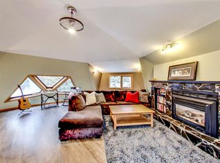 Photo 2: 937 17th Street: Canmore Detached for sale : MLS®# A1044854