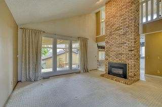 Photo 3: 4312 49 Street NE in Calgary: Whitehorn Detached for sale : MLS®# A1042688