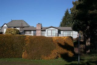 Photo 3: 13470 14 AVENUE in South Surrey White Rock: Crescent Bch Ocean Pk. Home for sale ()  : MLS®# R2336371