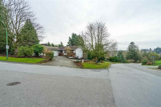Main Photo: 34351 HYCREST Place in Abbotsford: Central Abbotsford House for sale : MLS®# R2530463