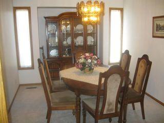 Photo 5: 111 CARLOTTA Crescent in WINNIPEG: Charleswood Residential for sale (South Winnipeg)  : MLS®# 1107264