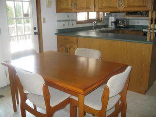 Photo 7: 111 CARLOTTA Crescent in WINNIPEG: Charleswood Residential for sale (South Winnipeg)  : MLS®# 1107264