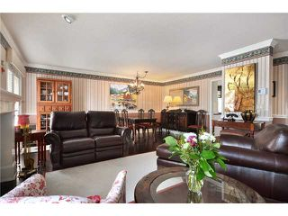 Photo 2: 1053 ST ANDREWS Avenue in North Vancouver: Central Lonsdale Townhouse for sale : MLS®# V885680